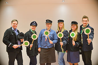 Thumbnail picture for page:  What is the OPPORTUNITY waggon about? That is what the members of your conductors team say: